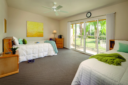Banyan Palm Springs Patient Room